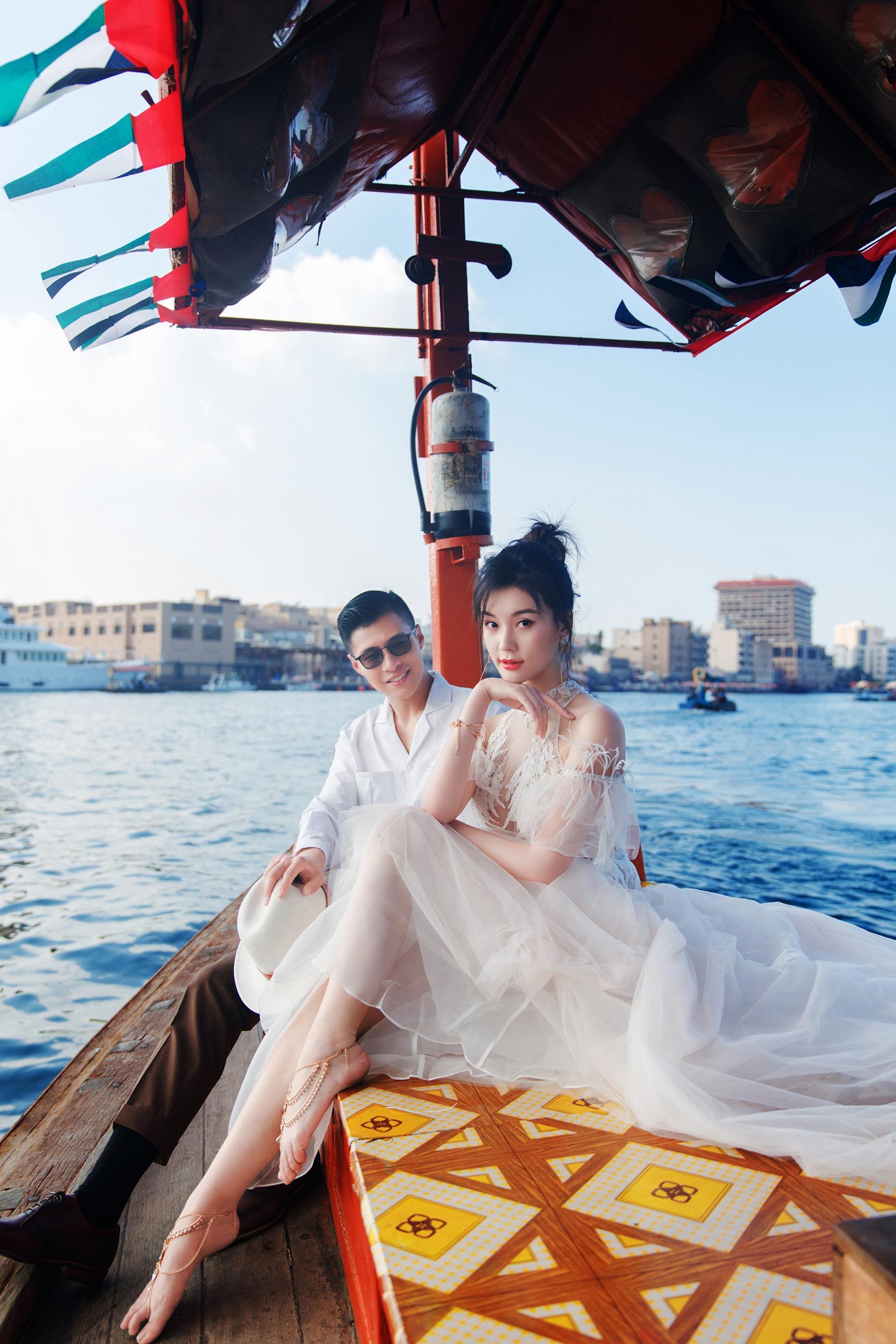 Pre Wedding Boat